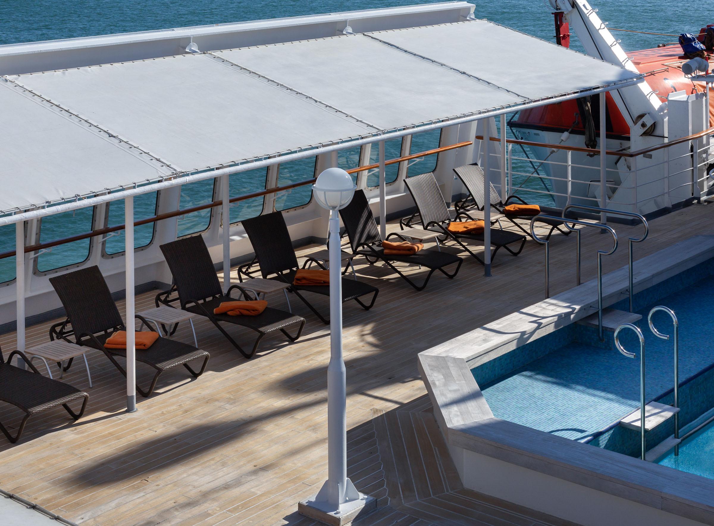 Sun deck image 3